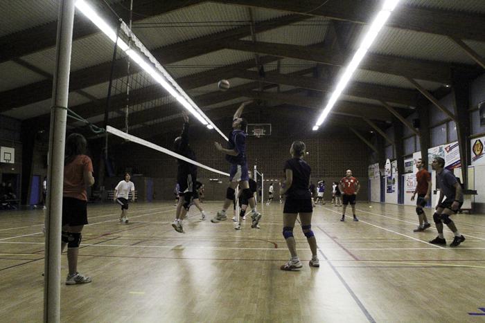 volley Lillers tournoi interne 2012, vue d'ensemble de la salle du Cosec